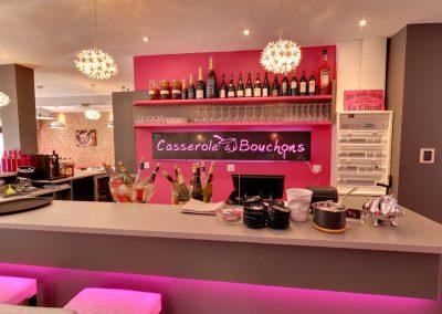 restaurant-a-cabourg-casserole&bouchons-interieur11